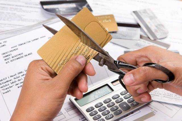 How to get out of credit debts - interesting tips